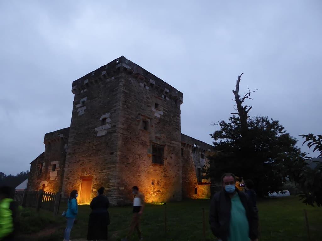 Visitando el pazo fortaleza de Tovar
