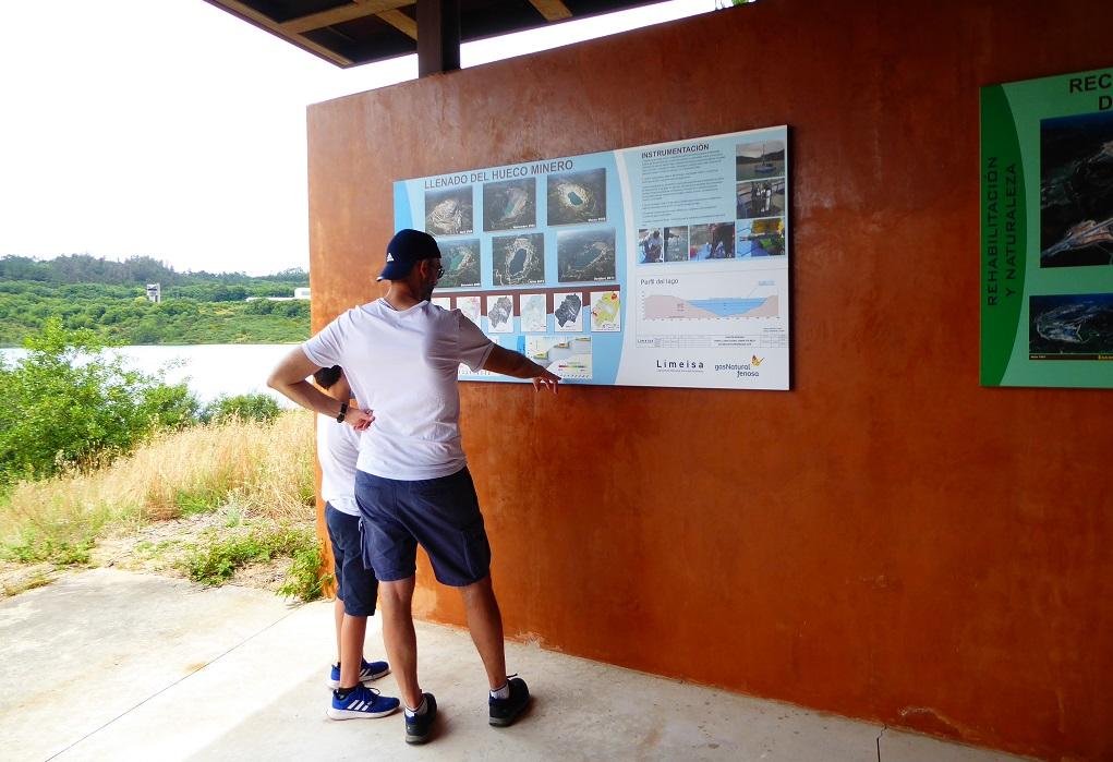 Lago de Meirama paneles