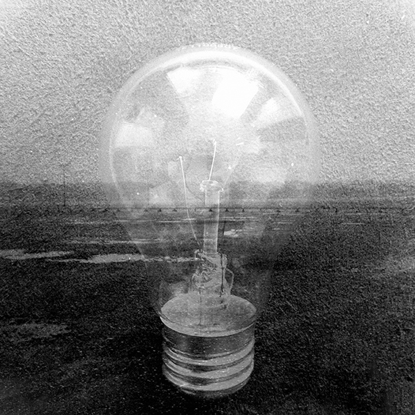 The_Collector_Of_Light_Inside_Bulbs-2
