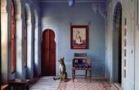 Karen Knorr_The-Maharajas-Apartment-Udaipur-City-Palace-600x480