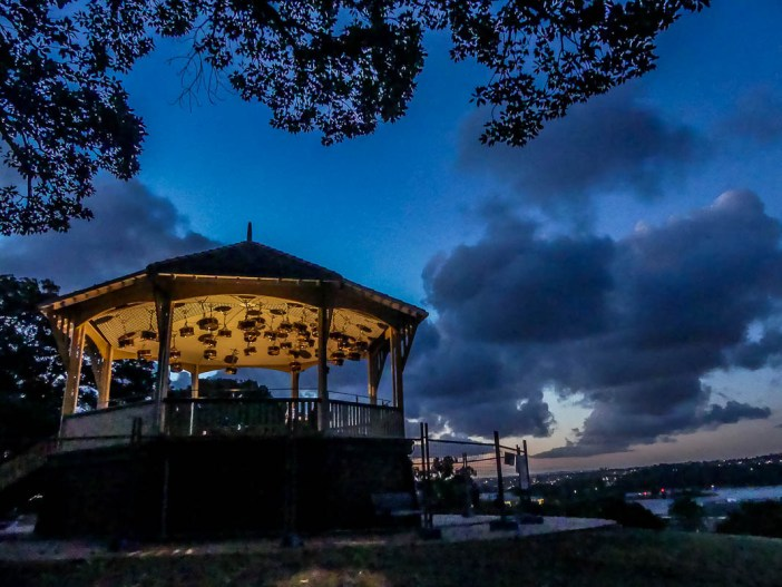 20. Check out the views at Observatory Hill This spot offers fantastic sweeping views of the Harbour and Opera House and is the perfect spot to watch the sunset from. Don't forget to check out the public art in the cute rotunda in the middle of the park too!