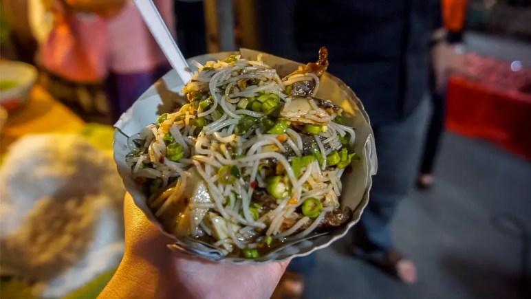 Khao Soi.jpg Night market.jpg Sunday walking street food.jpg