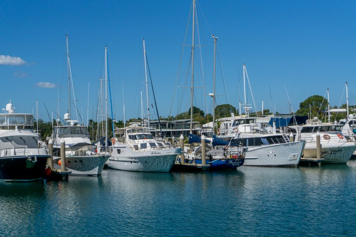 Are you planning a trip to Darwin and wondering what there is to do? Darwin is a fantastic city with tonnes of things to see and do. Here's 30 budget friendly and free things to do in Darwin including where to eat and the best things to see around Darwin. Click here for everything you need to know! #darwin #tourismtopend #visitdarwin #freethingsindarwin #budgettravel #backpackingaustralia #australiaroadtrips #australiatravelguides #northernterritory