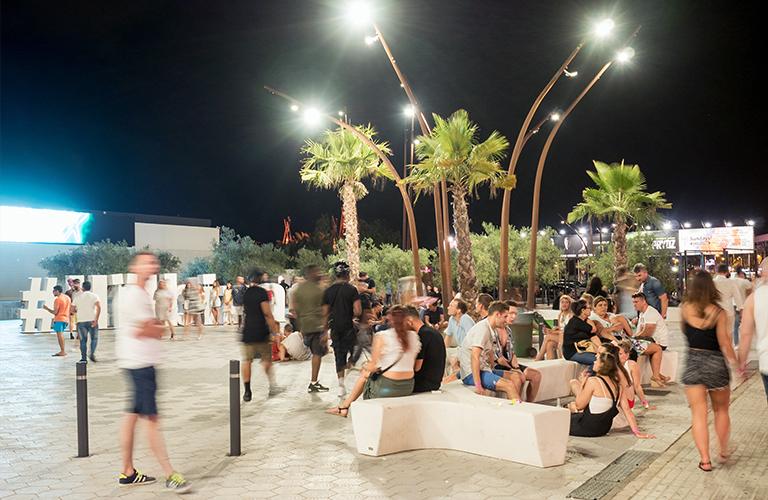 Paisaje Urbano Discoteca H 239 Ushua 239 A Ibiza Escofet