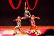 """Equilíbrio + Acrobacias = MAGIA. Isso é """"Sonho do Circo"""" !"""