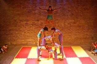 No Teatro Hermilo Borba Filho.