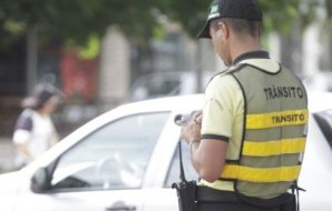 Valor arrecadado em multas de trânsito terá parte diretamente destinada a hospitais públicos