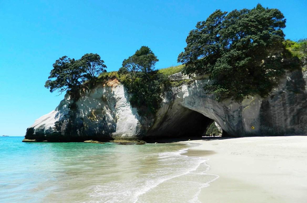 Praias mais lindas do mundo - Praia de Cathedral Cove, na Península de Coromandel (Nova Zelândia)