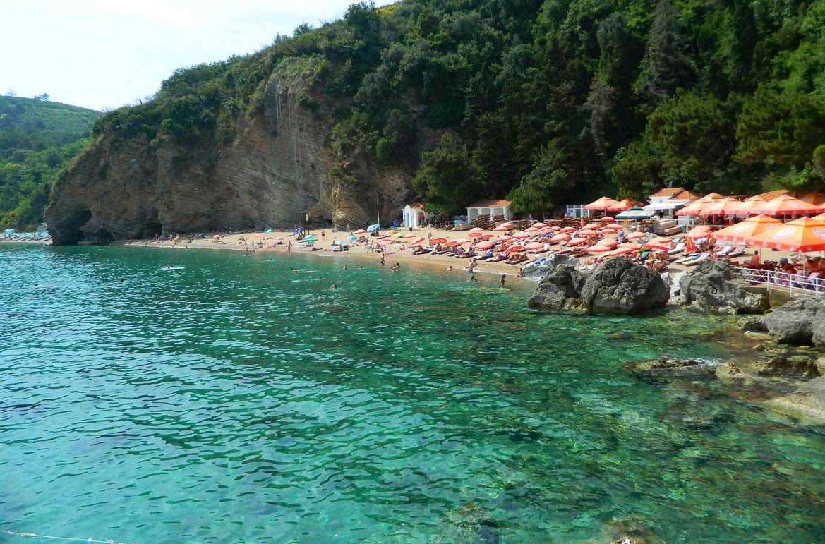 Praias mais lindas do mundo - Praias Mogren I e II, em Budva (Montenegro)