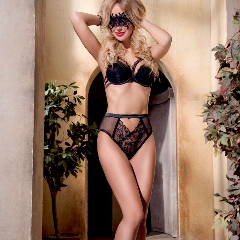 Meet Ibiza escort girls