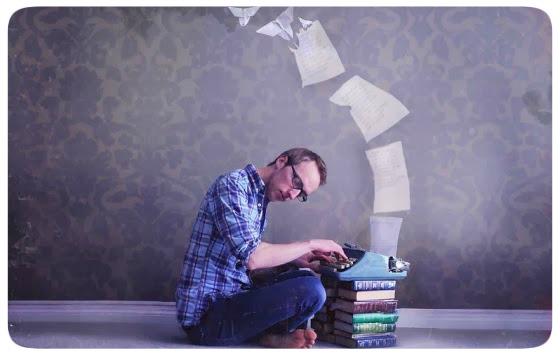 Escrevendo Loucamente - Fotografia por Joel Robison