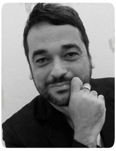 Escritor Alex Andrade