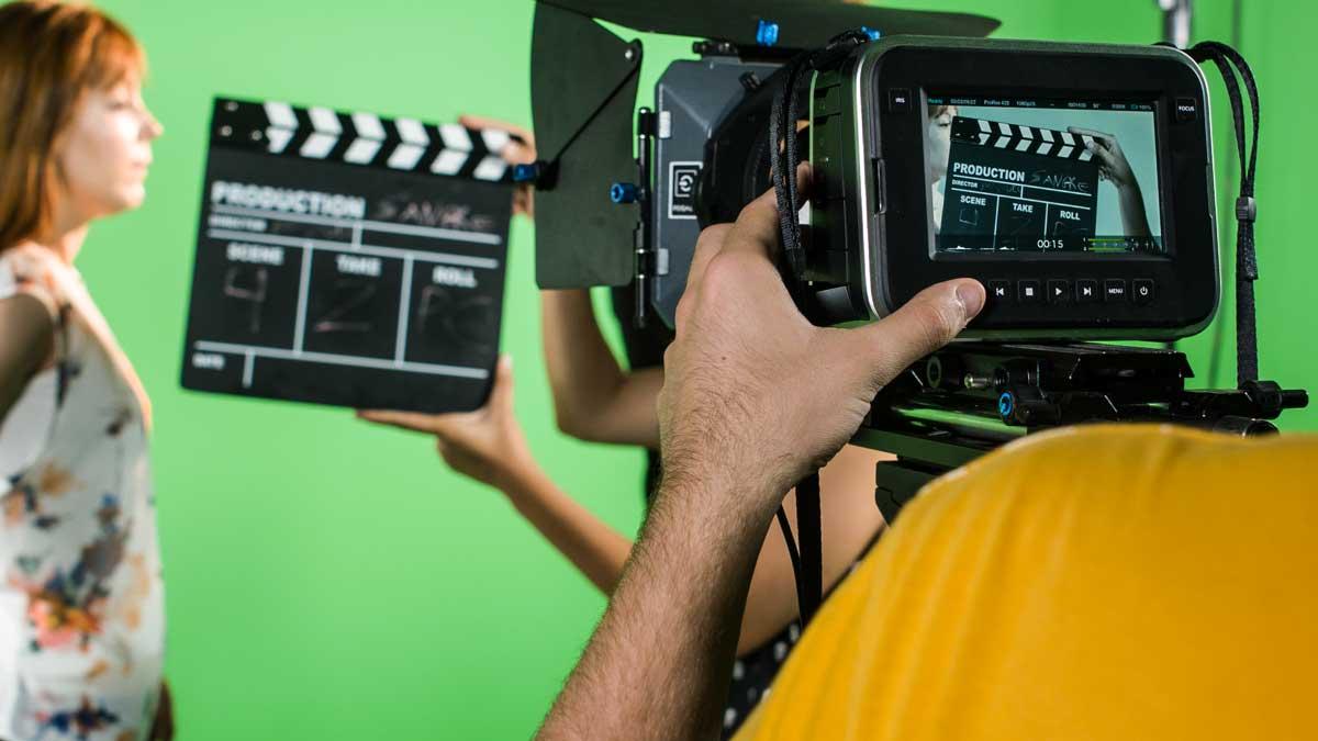 entrevistas y promoción en televisión a nuestros alumnos