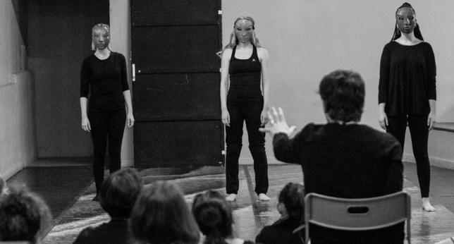 Escuela Internacional de Teatro Arturo Bernal. Escuela de Teatro Gestual