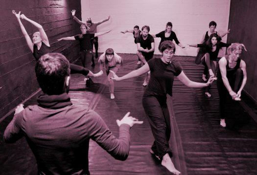 Entrenamiento actoral. Formación Movimiento Escénico