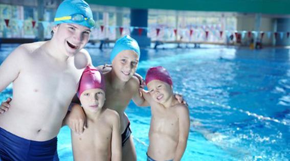 beneficios de la natación en los niños