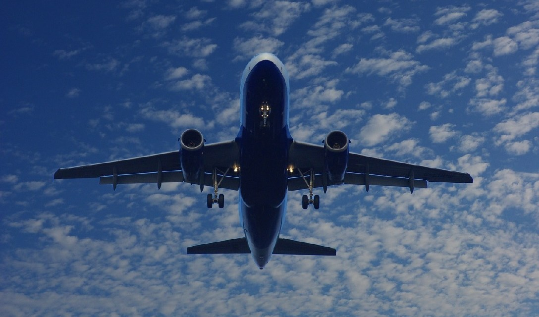Aircraft Manufacturers, Airlines Welcome EPA Proposal on Aircraft Emissions