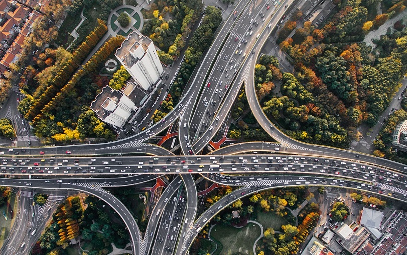 Linklaters Survey: Infrastructure Funds to Grow Green Assets, Many Unaware of EU Disclosure Requirements