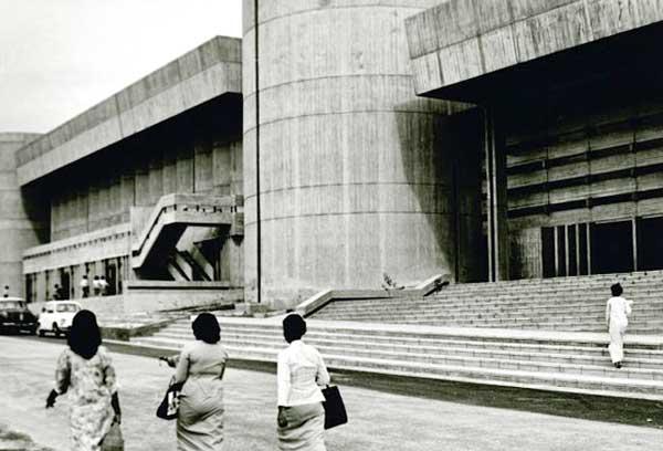 dewan-tunku-canselor-universiti-malaya