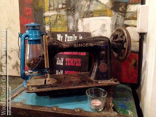wood-and-steel-coffee-furniture-art-segmen-jom-ngopi-eshamzhalim-cafe-review-16