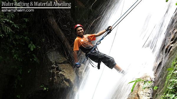 white-water-rafting-waterfall-abseiling-radak-adventure-outdoorgateway-eshamzhalim-ulu-geruntum-gopeng
