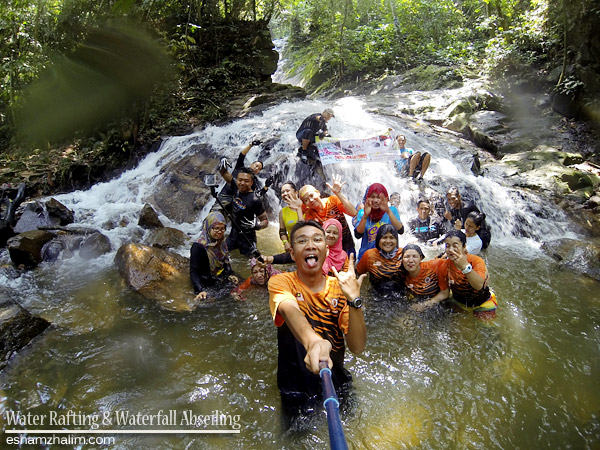 white-water-rafting-waterfall-abseiling-radak-adventure-outdoorgateway-eshamzhalim-ulu-geruntum-gopeng