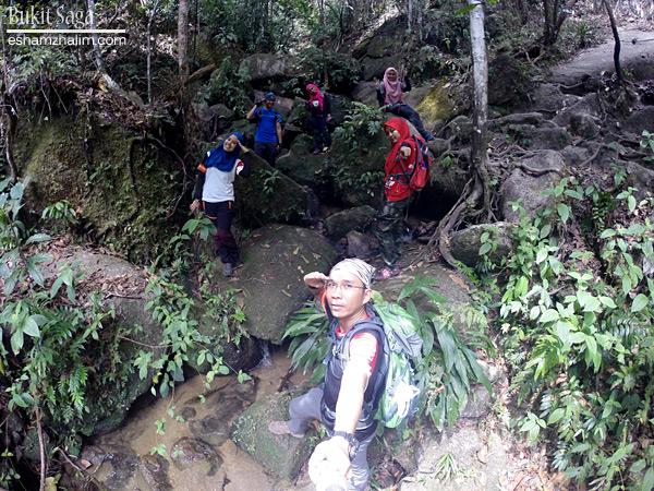 laluan-trek-baru-bukit-saga-ampang-taman-saga