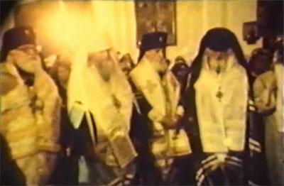 Arhiepiscop Vitalie Ustinov alături de Mitropolitul Filaret