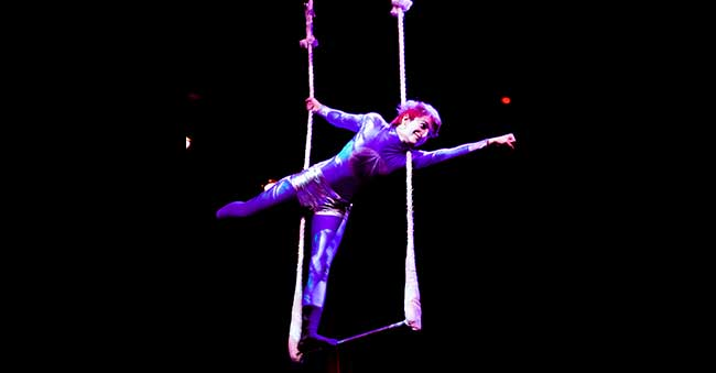 woman performing on trapeze