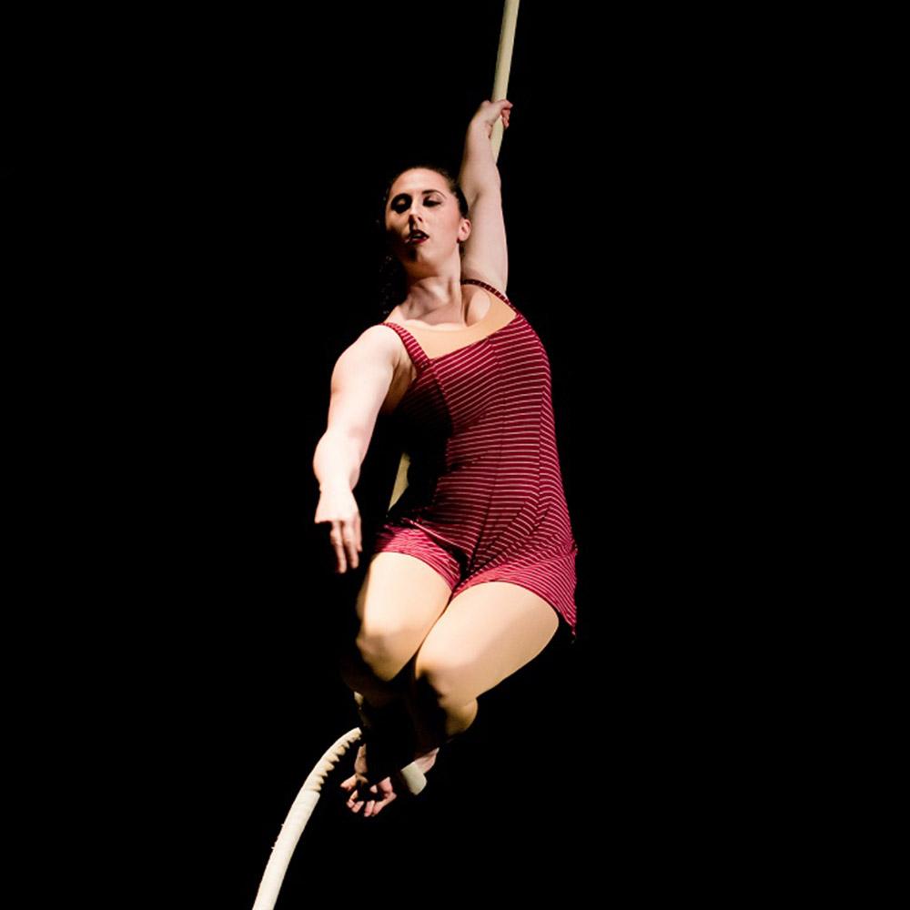 ari green performing on aerial rope