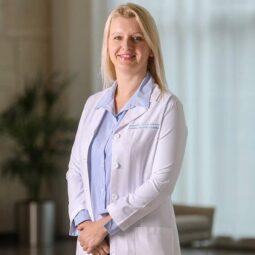 Dr. Katarzyna Papiez