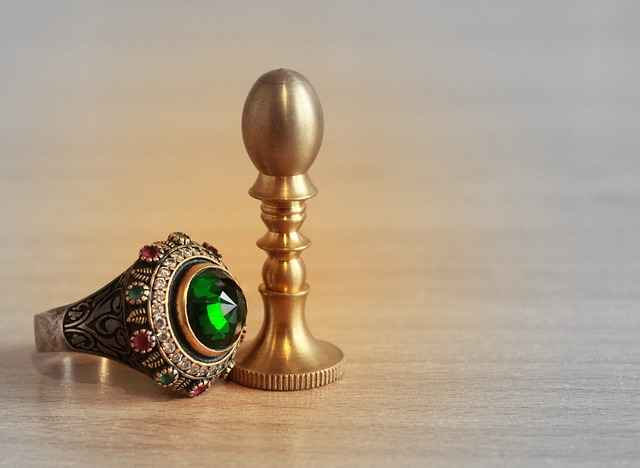 Untilisation de l'anneau divinatoire