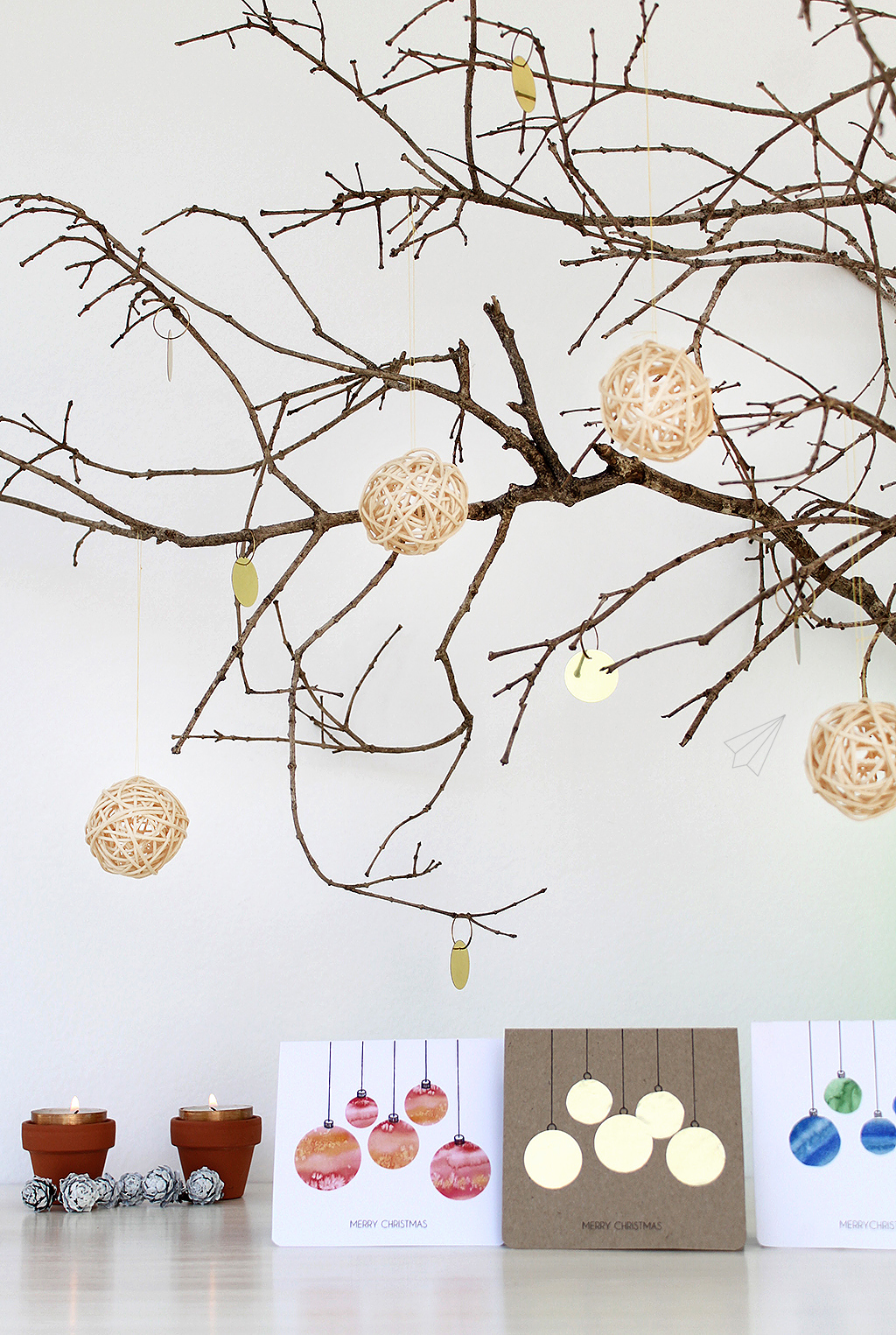 How To Make Christmas Cards With Baubles Free