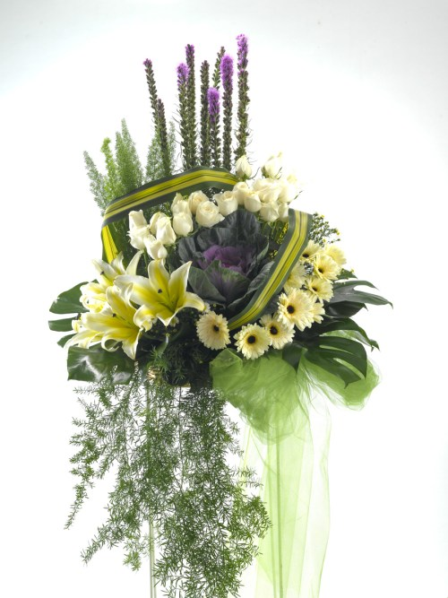 Remembrance Funeral Flower Stand | Condolence Flower | Eska Creative Gifting