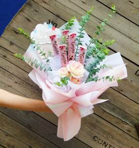 Roses and Geishas Chocolate Bouquet | Birthday and Gifts | Eska Creative Gifting