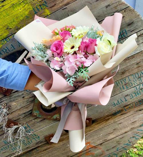 Winter Sonata Bouquet | Hand Bouquet Flower | Eska Creative Gifting