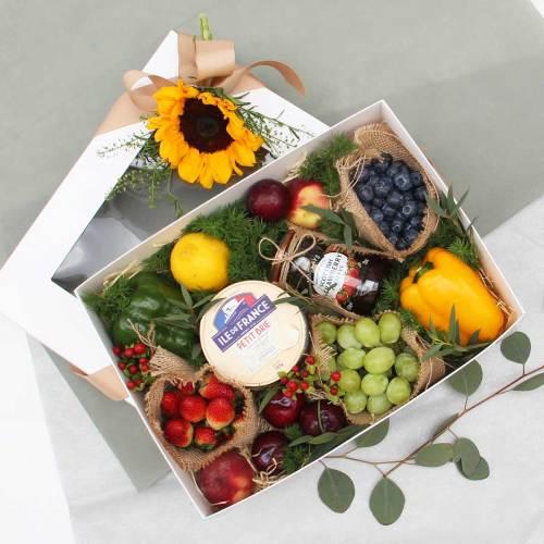 Cheese and Jam | Fruits Basket | Eska Creative Gifting