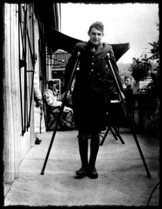 Ernest-Hemingway-1918-savas-ambulans-soforu