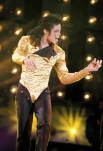 Michael-jackson-1990-2