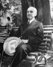 George-Santayana