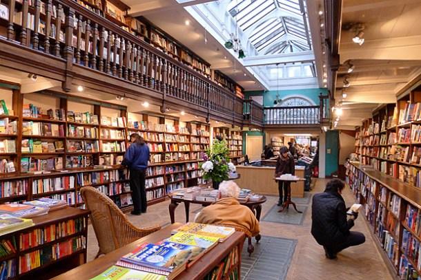 Daunt-Books-london-kitapci-2