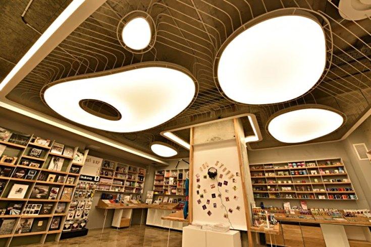 carousel-of-light-library-bucharest-bookstore-10