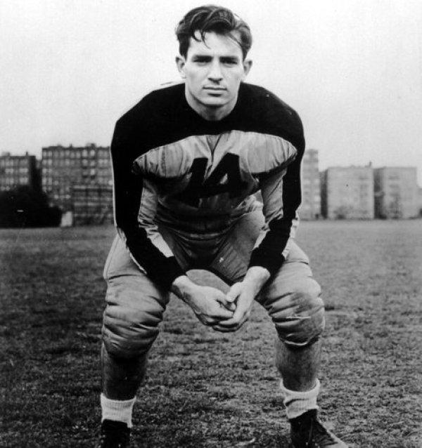 Jack-Kerouac-Columbia-University-american-football-uniform-1940-Credit-Collection-of-Allen-Ginsberg