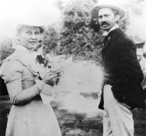Stephen-Crane-Cora-Taylor-1899