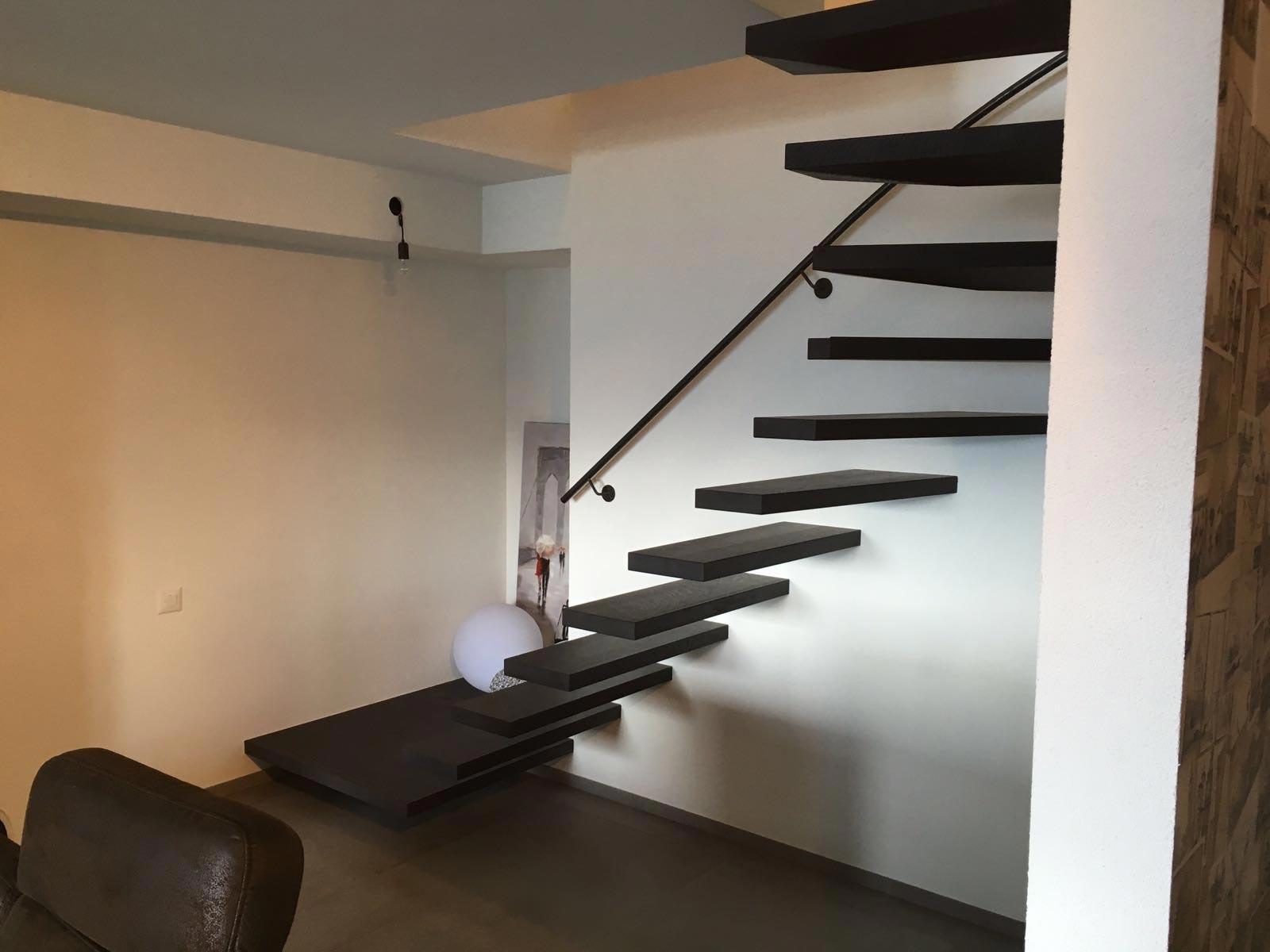 ES Anz 6119 escalier hor 20 05 001 - Escaliers en apesanteurs