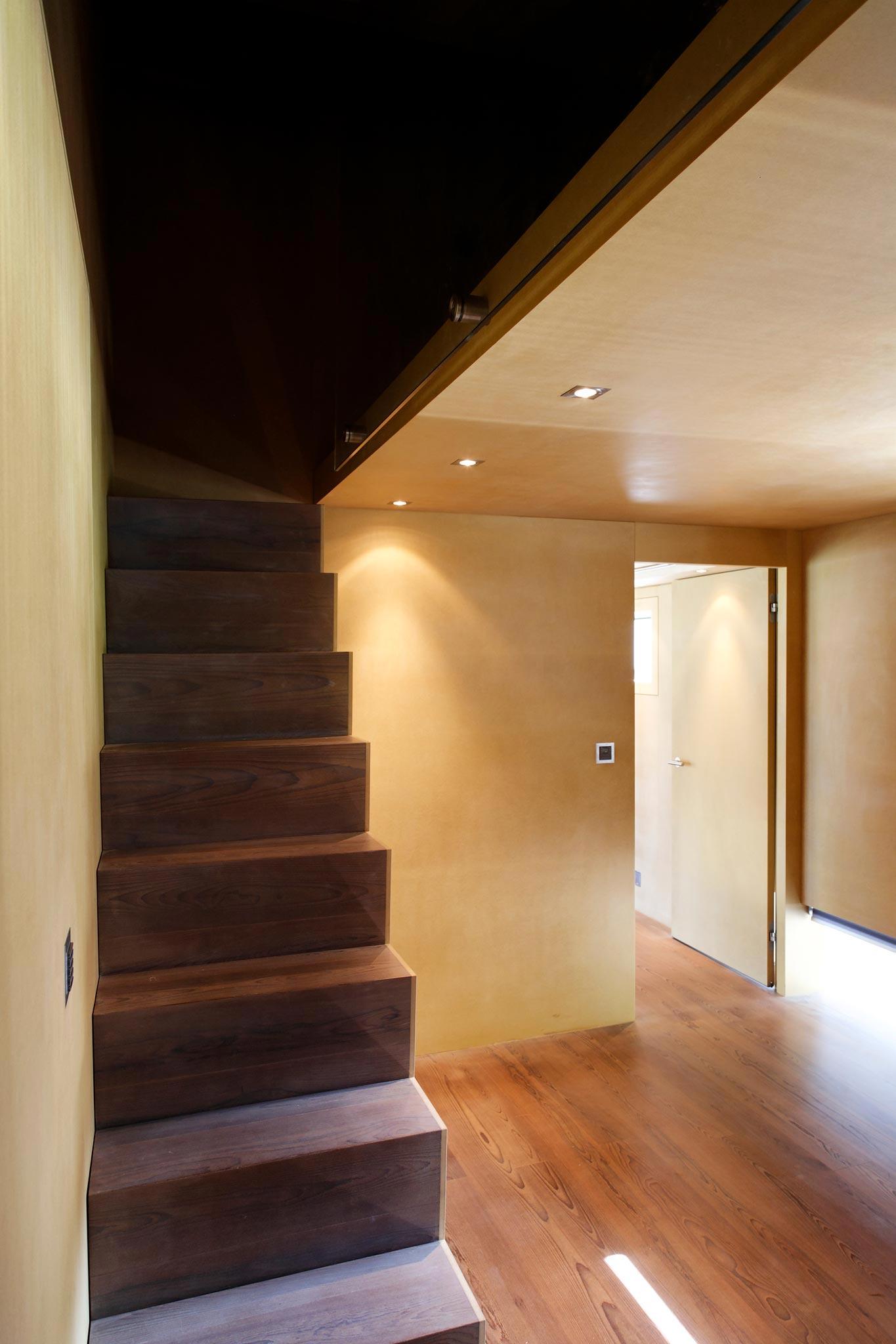 Es Gd Raccard 678 escalierEtage vtc 20 05 012 - Le 2ème escalier du Grand Raccard