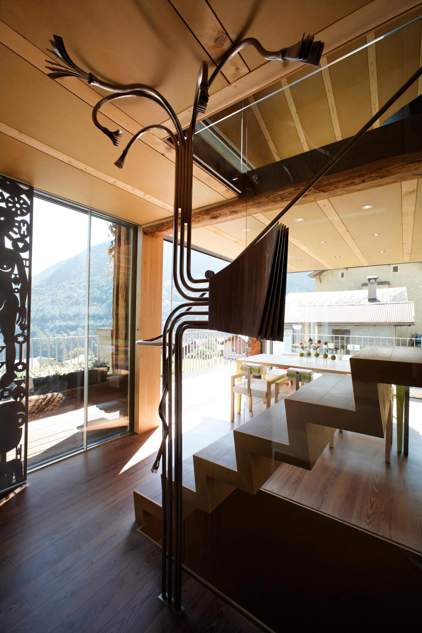 Es Gd Raccard 678 escalierRez vtc 20 05 008 - L'escalier du Grand Raccard