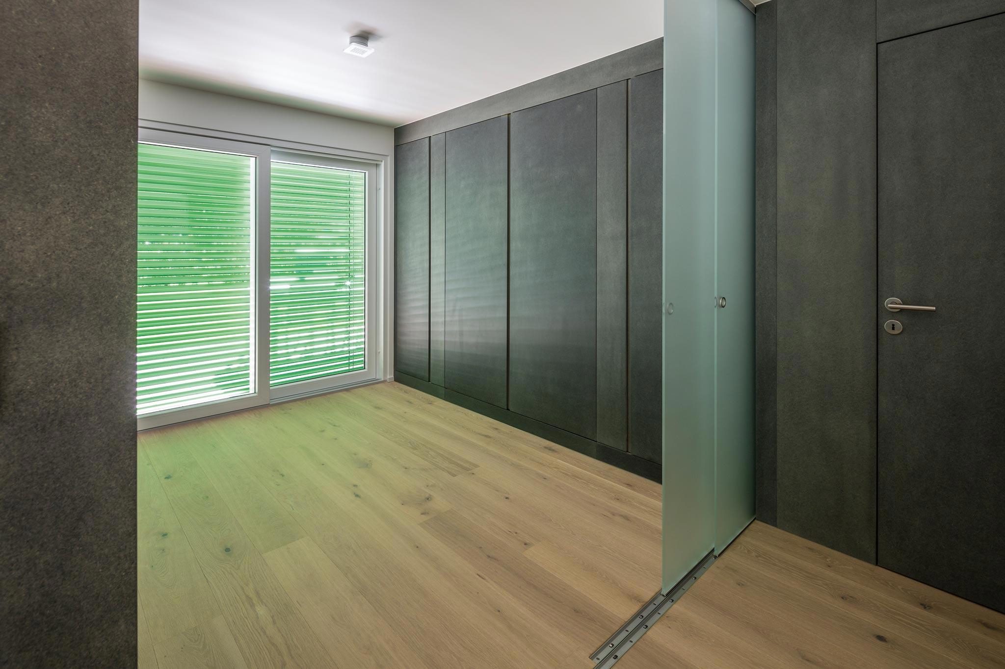 ES Bru 3680 chambre hor 20 05 033 - Une pièce modulable à Fully (Bj)