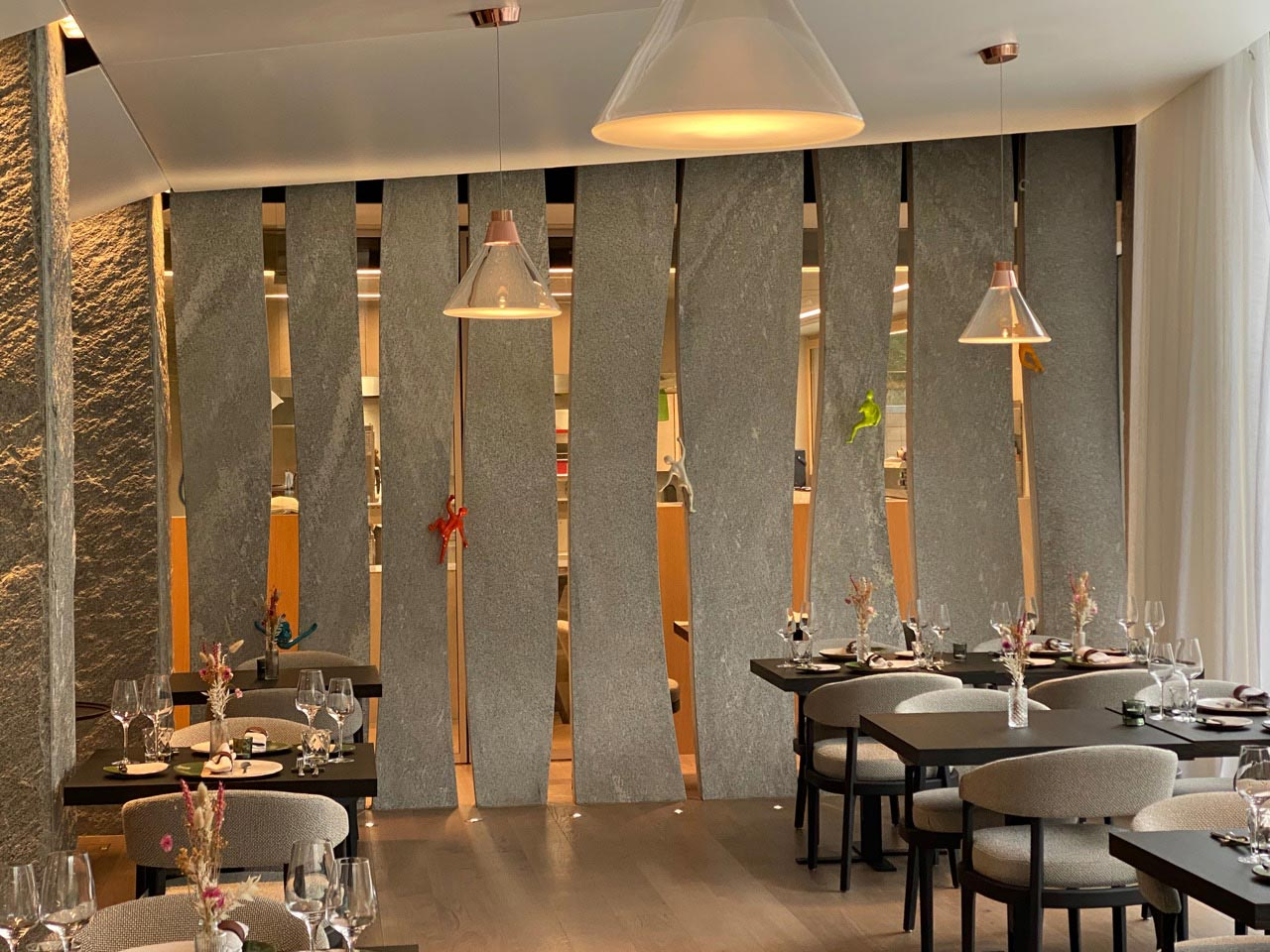 ES Aca 5760 restaurant hor 20 08 022 - Restaurant le 1465 du Club Alpin