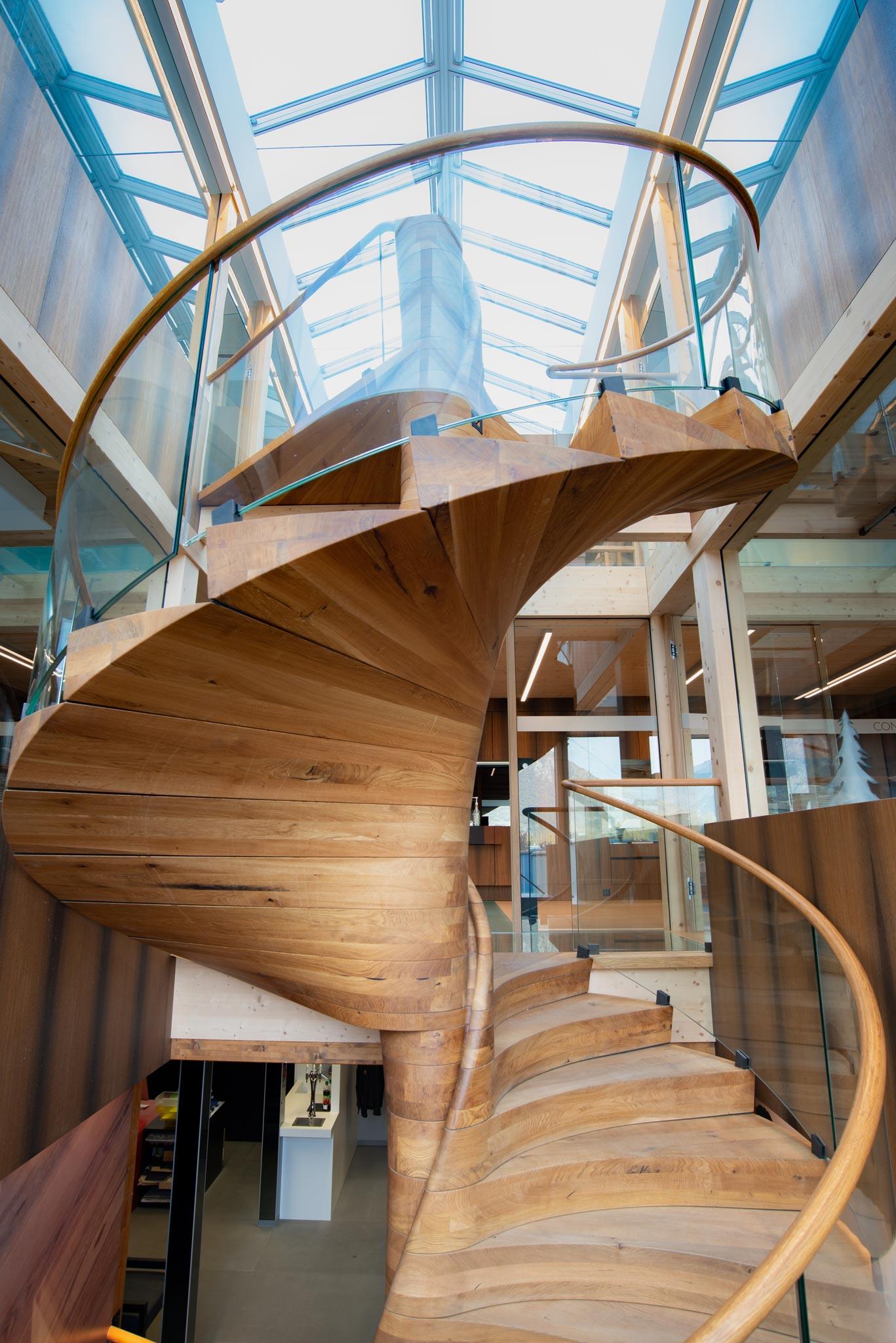 ES ShowR escalier vtc 20 11 0090 - Escalier Showroom ESKISS